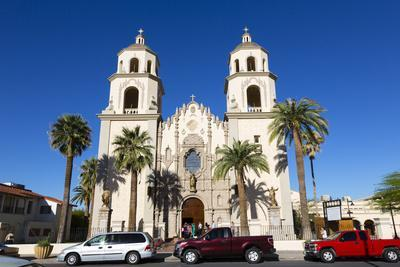 https://imgc.allpostersimages.com/img/posters/saint-augustine-cathedral-tucson-arizona-usa_u-L-PN6Y5Q0.jpg?p=0
