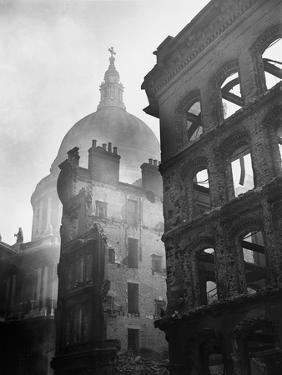 Saint Paul's Cathedral Admist Ruins