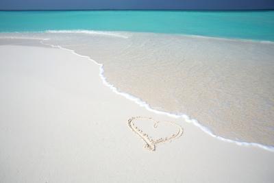 Heart Drawn on an Empty Tropical Beach, Maldives, Indian Ocean, Asia