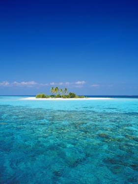 Deserted Island, Maldives, Indian Ocean by Sakis Papadopoulos