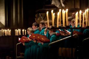 Salisbury Cathedral Choir Sings at Christmas