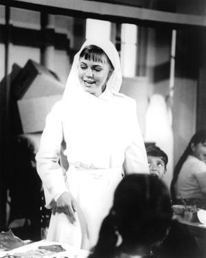 Sally Field - The Flying Nun