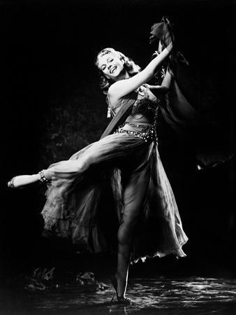 https://imgc.allpostersimages.com/img/posters/salome-the-dance-of-the-seven-veils-1953_u-L-Q10TSKO0.jpg?p=0