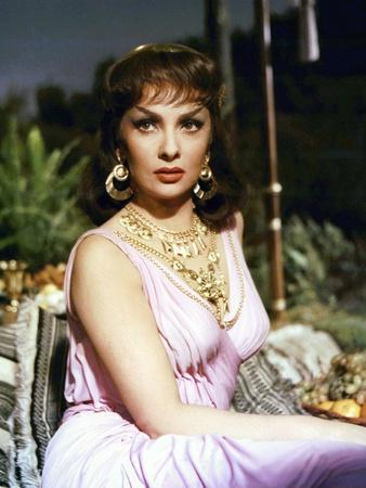 https://imgc.allpostersimages.com/img/posters/salomon-and-la-reine-by-saba-solomon-and-sheba-by-king-vidor-with-gina-lollobrigida-1959-photo_u-L-Q1C1TEZ0.jpg?artPerspective=n