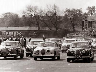 Saloon Car Race at the International '200' Meeting at Aintree, Jaguar S-Type Saloon Car, April 1961