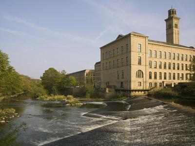 https://imgc.allpostersimages.com/img/posters/salts-mill-unesco-world-heritage-site-saltaire-near-bradford-yorkshire-england-united-kingdom_u-L-PFUV8T0.jpg?artPerspective=n