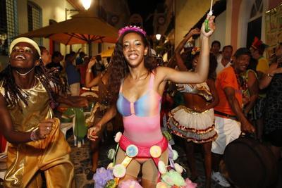 https://imgc.allpostersimages.com/img/posters/salvador-street-carnival-in-pelourinho-bahia-brazil-south-america_u-L-Q1GYKLF0.jpg?artPerspective=n