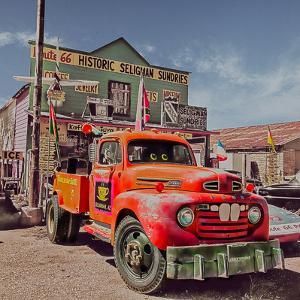 Vintage Truck in America by Salvatore Elia