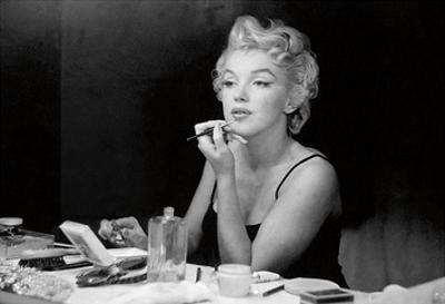 Marilyn Monroe – Back Stage by Sam Shaw