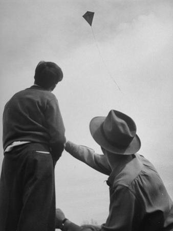 Kite Flying Contest by Sam Shere
