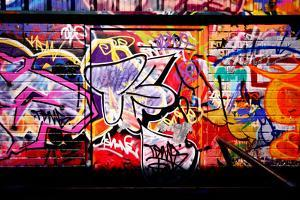 Crazy Graffiti Perspective And Shadows by sammyc