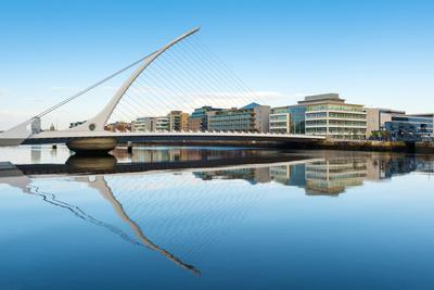 https://imgc.allpostersimages.com/img/posters/samuel-beckett-bridge-over-the-river-liffey-dublin-county-dublin-republic-of-ireland-europe_u-L-PWFML60.jpg?p=0