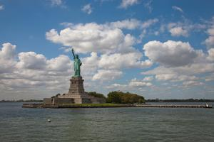USA, New York, Liberty Island, Statue of Liberty by Samuel Magal