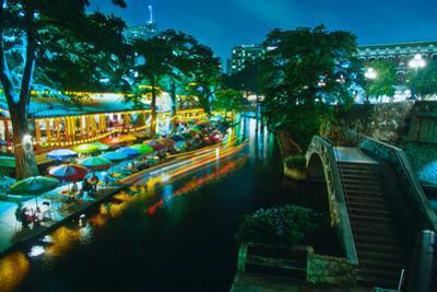 San Antonio River Walk at night, River San Antonio, San Antonio, Texas, USA