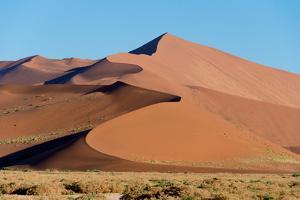 Sand dunes, Sossusvlei, Namib Desert, Namib-Naukluft National Park, Namibia
