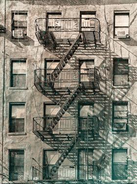 City Escapes 2 by Sandro De Carvalho