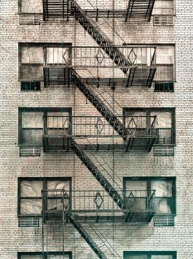 City Escapes 3 by Sandro De Carvalho