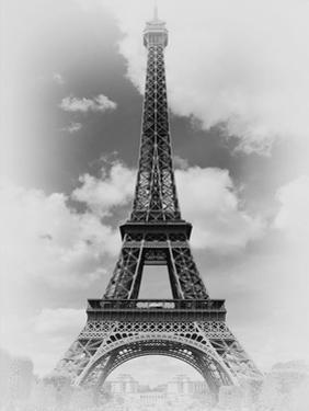 Eiffel 1 by Sandro De Carvalho
