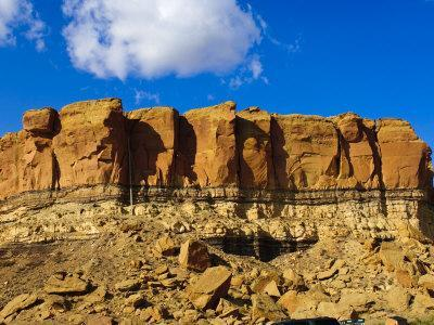 https://imgc.allpostersimages.com/img/posters/sandstone-butte-in-chaco-culture-national-historical-park-scenery-new-mexico_u-L-P91Z9R0.jpg?p=0