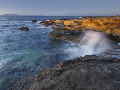 https://imgc.allpostersimages.com/img/posters/sandstone-coast-at-betlem-del-llevant-peninsula-majorca-spain_u-L-Q11YL110.jpg?p=0
