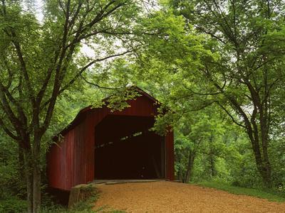https://imgc.allpostersimages.com/img/posters/sandy-creek-covered-bridge-jefferson-county-missouri-usa_u-L-PN6Z0U0.jpg?p=0