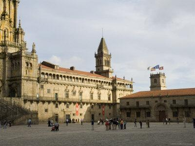 https://imgc.allpostersimages.com/img/posters/santiago-cathedral-on-the-plaza-do-obradoiro-galicia-spain_u-L-P2QZ0T0.jpg?p=0