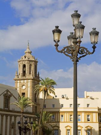https://imgc.allpostersimages.com/img/posters/santiago-church-cadiz-andalusia-spain-europe_u-L-PFNRQZ0.jpg?p=0