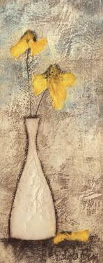 Fleur I by Sara Rosen