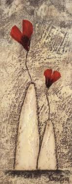Fleur II by Sara Rosen
