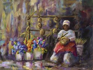 Charleston, SC Basket Lady by Sarah Davis