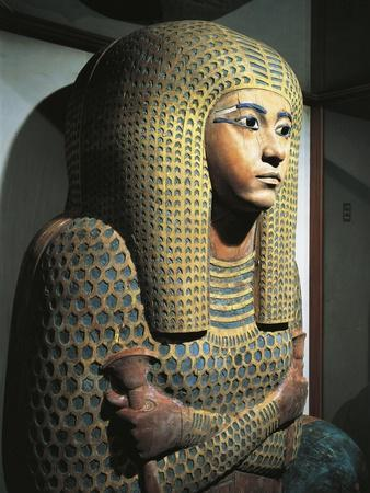 https://imgc.allpostersimages.com/img/posters/sarcophagus-of-queen-ahmose-merit-amon-from-thebes_u-L-POPNV40.jpg?p=0