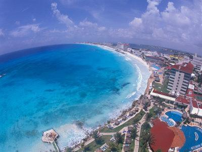 https://imgc.allpostersimages.com/img/posters/scenic-of-beach-with-hotels-cancun-mexico_u-L-P42I9S0.jpg?p=0