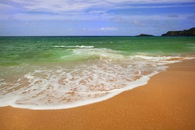 https://imgc.allpostersimages.com/img/posters/scenic-of-secret-beach-kauai-hawaii-usa_u-L-PN6PJ70.jpg?p=0