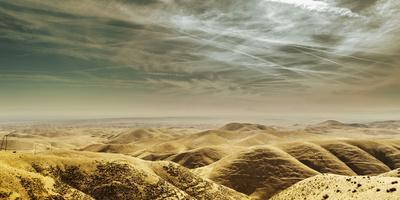 https://imgc.allpostersimages.com/img/posters/scenic-view-looking-east-towards-the-central-valley-from-the-temblor-range_u-L-Q1BAQHT0.jpg?p=0
