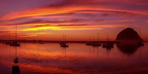 Scenic view of the Morro Bay at dusk, San Luis Obispo County, California, USA