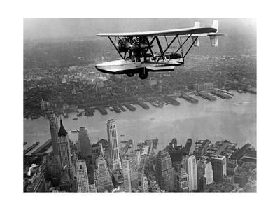 Amphibienflugzeug über New York City, 1932