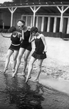 Bademode der 1920er Jahre by Scherl