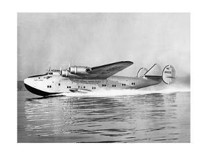 """Boeing 314 Clipper """"Yankee Clipper"""" beim Start, 1939 by Scherl"""