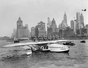 Flugschiff Dornier Do X im Hafen von New York, 1931 by Scherl