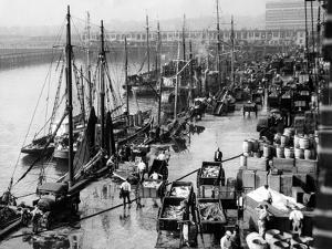 Hafen von Boston, 1931 by Scherl