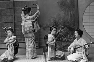 Japanische Geishas, 1910er Jahre by Scherl