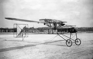 Modell des Zaschka-Rotationsflugzeuges in Berlin-Tempelhof, 1928 by Scherl