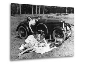 Outing with a car, 1930 by Scherl