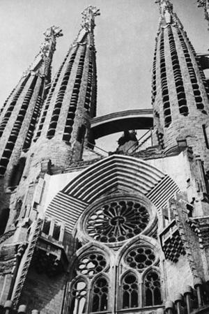 Sagrada Familia in Barcelona, 1934 by Scherl
