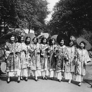 Schönheitswettbewerb in China, 1930 by Scherl