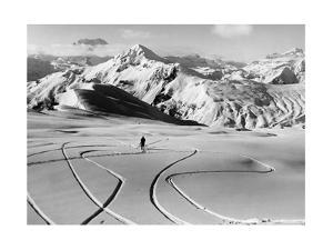 Skifahrer in den Südtiroler Dolomiten bei Cortina, 1930er Jahre by Scherl