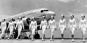 Stewardessen der Trans World Airlines, 1938 by Scherl