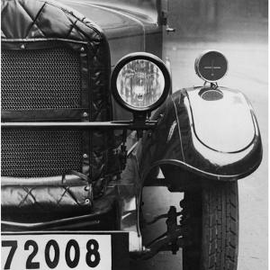 Automobile, 1930 by Scherl Süddeutsche Zeitung Photo