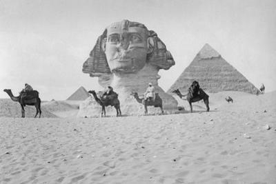 Pyramids and Sphinx of Giza, Ca. 1900's by Scherl Süddeutsche Zeitung Photo
