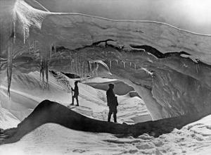 Tasman-Gletscher in Neuseeland, 1927 by Scherl